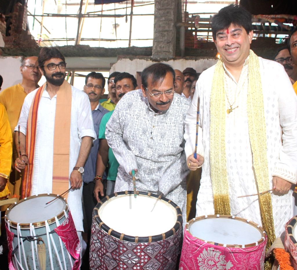 West Bengal Minister Arup Biswas, actor Prasenjit Chatterjee and singer Jeet Ganguly at the launch of Durga Puja theme songs at Suruchi Sangha in Kolkata on Sep 28, 2019. - Arup Biswas and Prasenjit Chatterjee
