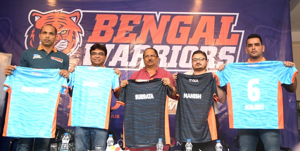 West Bengal Minister for Public Health Engineering Subrata Mukherjee, Pro Kabaddi team Bengal Warriors CEO Sandip Tarkas and coach KK Jagadeesha Kumble with others during a press conference ...