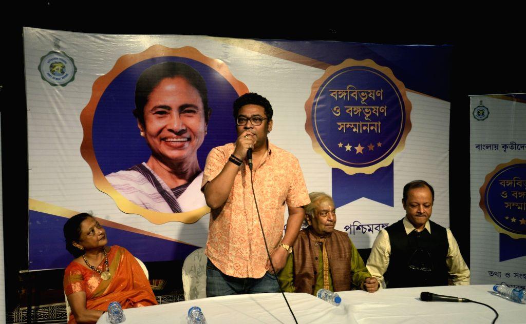 West Bengal Minister Indranil Sen addresses during the presentation of Banga Bibhushan award - highest civilian award of West Bengal, in Kolkata on May 26, 2018. - Indranil Sen