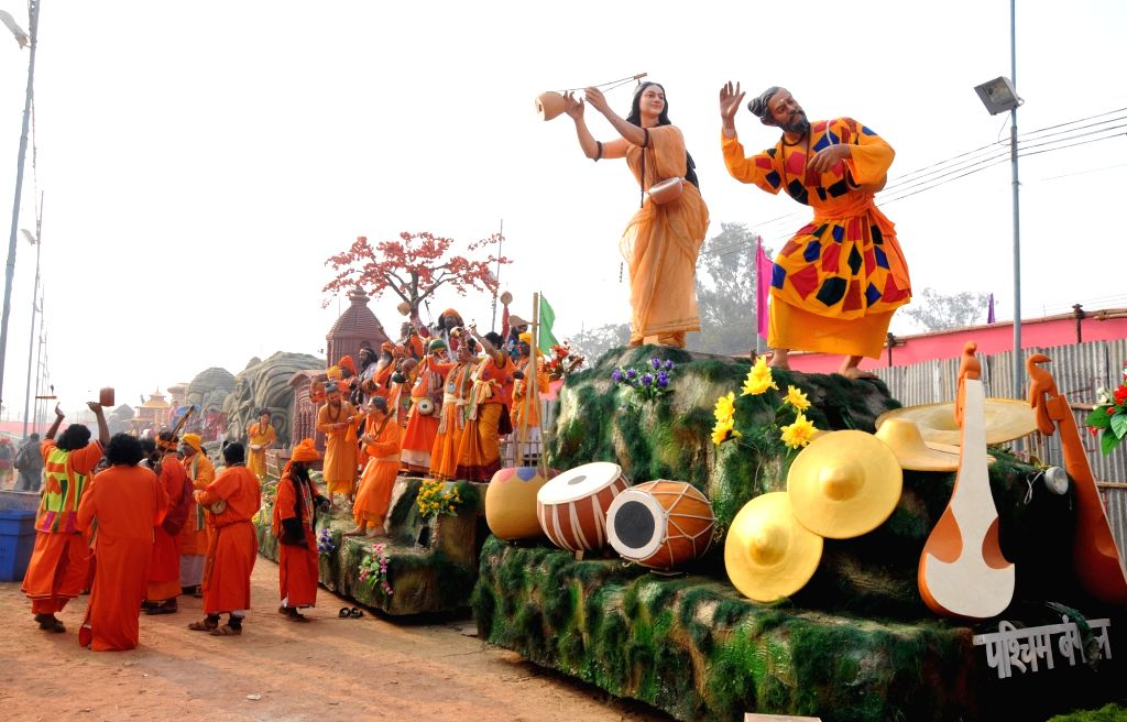 West Bengal tableau during Republic Day rehearsals in New Delhi, on Jan 22, 2016.
