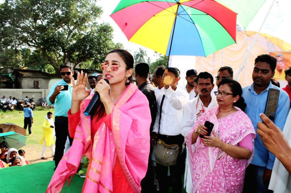 West Midnapore: Actress and TMC's Lok Sabha candidate from Jadavpur, Mimi Chakraborty addresses a gathering during an election campaign for the forthcoming Lok Sabha polls, in West Bengal's West ... - Mimi Chakraborty