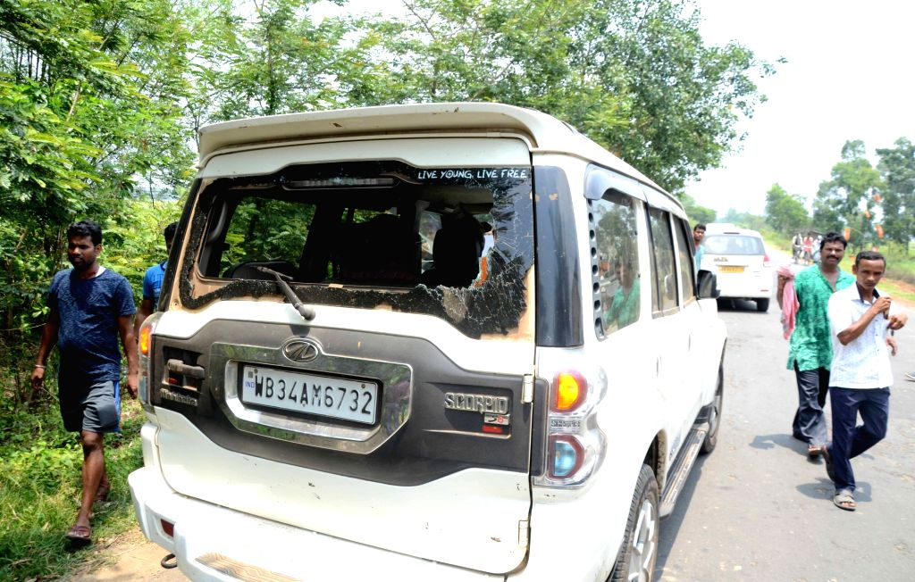 West Midnapore: West Bengal BJP chief Dilip Ghosh's vehicle that was vandalised in West Midnapore on May 12, 2019. (Photo: IANS) - Dilip Ghosh