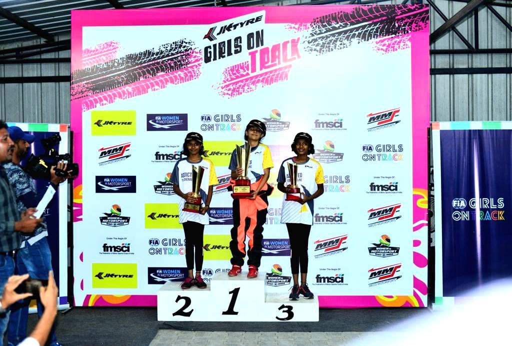 Winners of JK Tyre FMSCI Girls on Track D2BD (Dare to be Different).