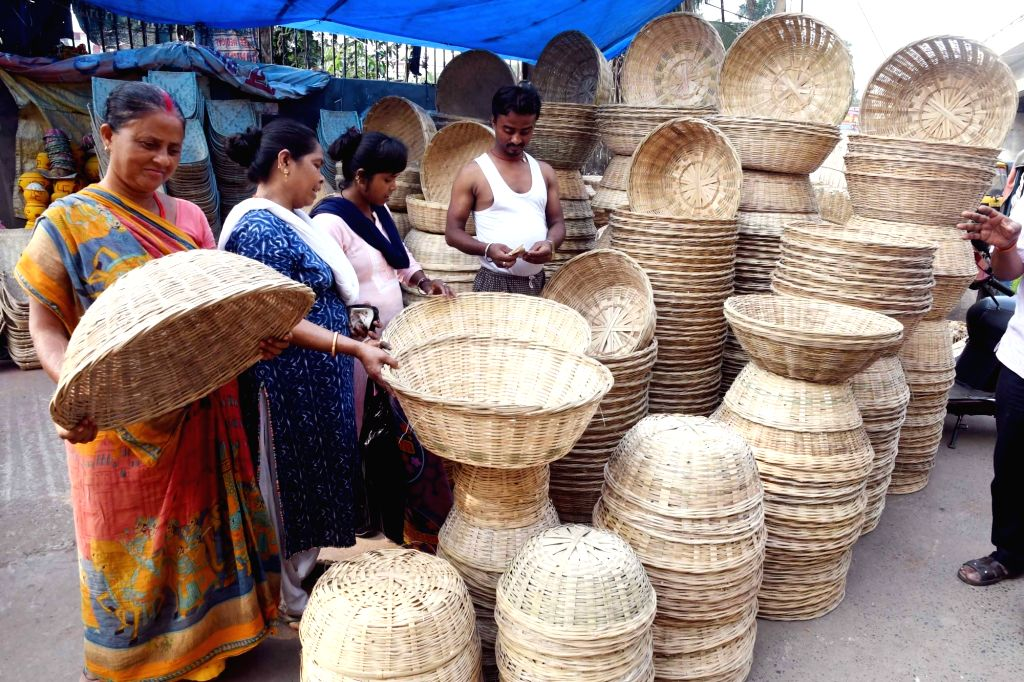Winnowing baskets on sale ahead of Chhath Puja celebrations in Patna, on Oct 28, 2019.