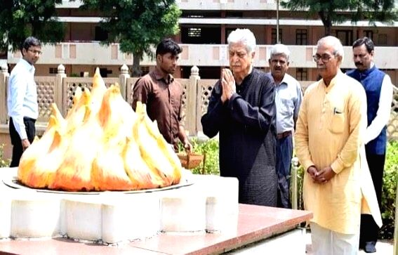 Wipro Limited Founding Chairman Azim Premji pays tributes to MS Golwalkar, the second 'Sarsanghchalak' of the Rashtriya Swayamsevak Sangh (RSS) at the RSS Headquarters in Nagpur, Maharashtra ...