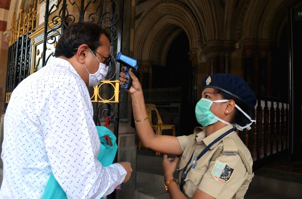 With 45 cases, it's a 'state vs virus' war in M'rashtra (Photo: IANS)