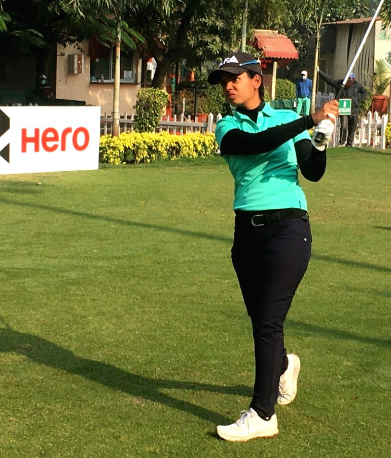 Women's golf: Amateur Sneha retains one-shot lead after 2nd round.