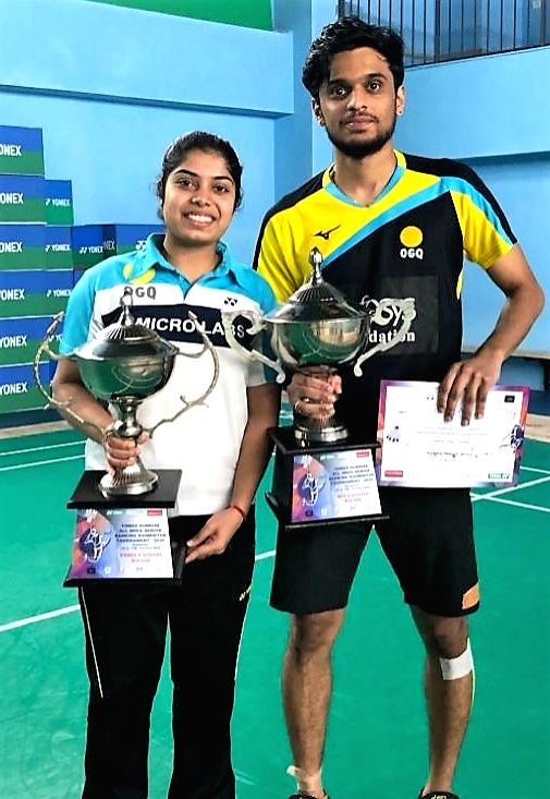 Women's Singles trophy winner Akarshi Kashyap and Men's singles trophy winner Mithun Manjunath pose with their trophies at the Yonex Sunrise All India Senior Ranking Tournament in ... - Akarshi Kashyap