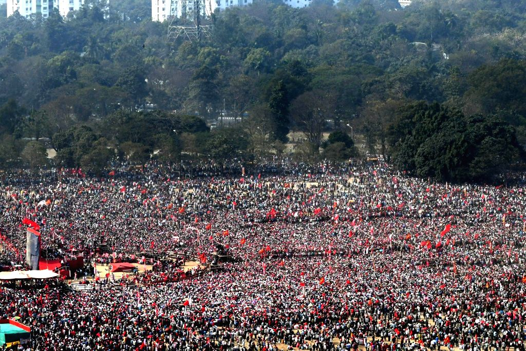 Workers of leftist parties participate in a Left Front rally at the Brigade Parade ground in Kolkata on Feb 3, 2019.