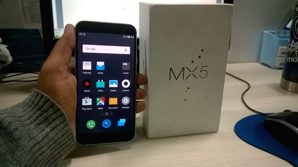 WP_20160110_002: Meizu MX5 (16 GB variant) offers octa-core processor, 3 GB RAM, AMOLED display and Dual SIM with dual 4G (Photo Courtesy: IANS)