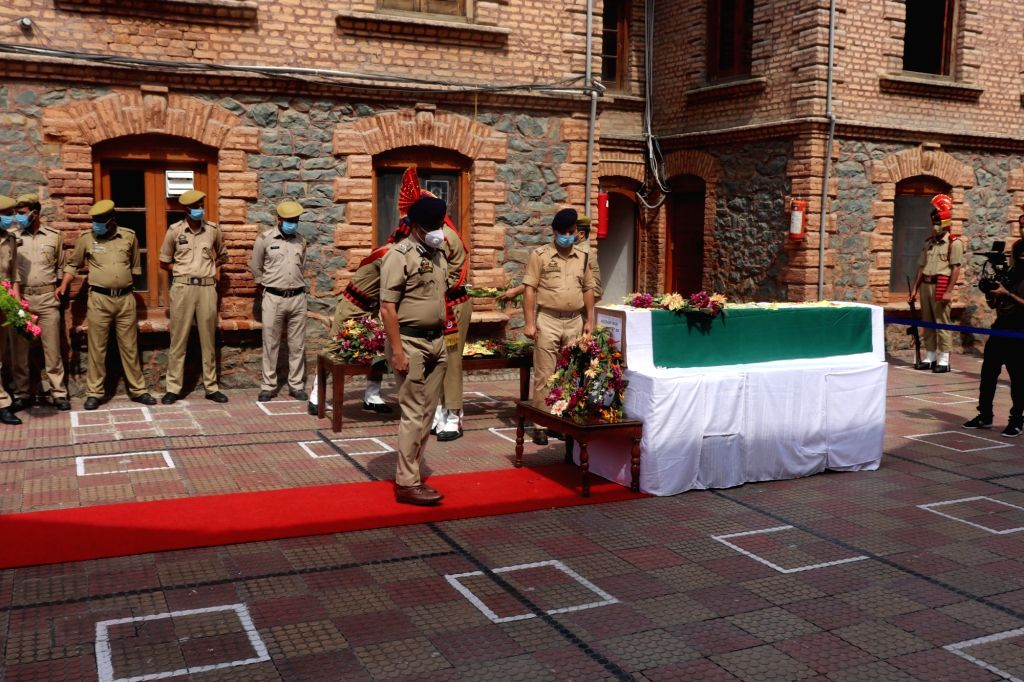 Wreath laying ceremony of police personnel ASI Babu Ram, who lost his life last night in an encounter with militants at Pantha Chowk in Srinagar on August 29,2020.