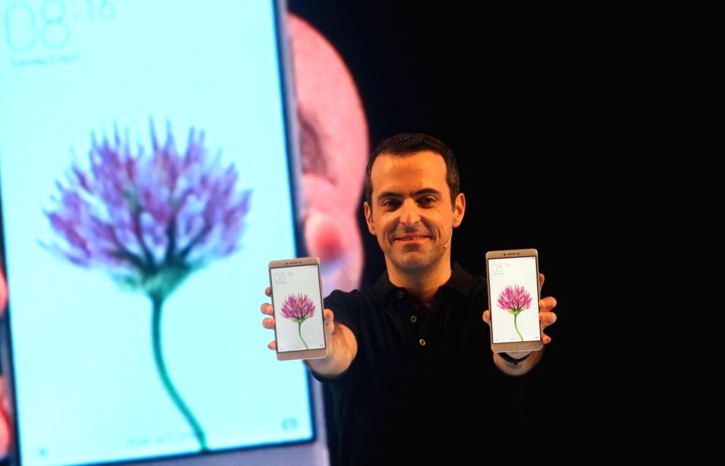 Xiaomi vice-president Hugo Barra at the launch of Mi Max smartphones in New Delhi on June 30.