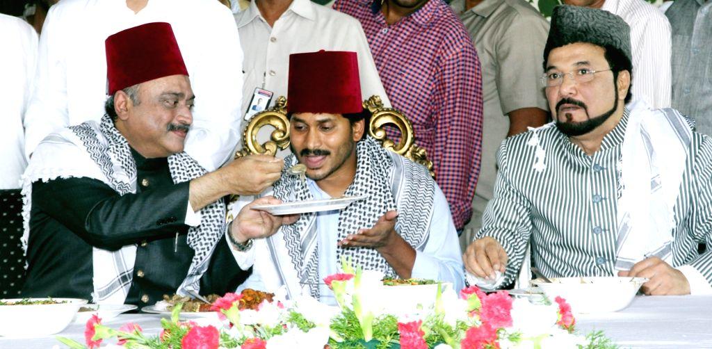 Y S R Congress chief YS Jaganmohan Reddy hosts an iftaar party in Hyderabad, on June 29, 2016. - Jaganmohan Reddy