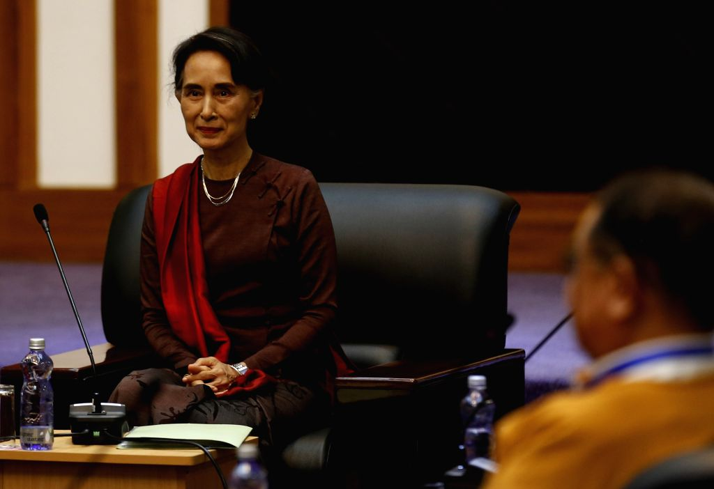 YANGON, July 17, 2016 - Myanmar State Counselor Aung San Suu Kyi attends a meeting with leaders of the United Nationalities Federal Council (UNFC) in Yangon, Myanmar, July 17, 2016. Myanmar State ...