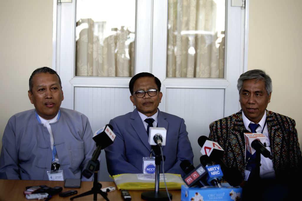 Special Adviser of the Peace Center and member of the government's Union Peace-Making Work Committee (UPWC) U Hla Maung Shwe (L), Leader of the ethnic armed groups' ...