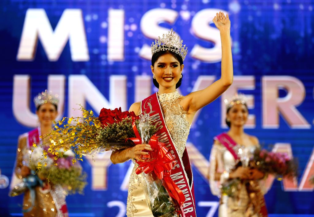 YANGON, Oct. 7, 2016 - Zun Than Zin waves after winning the crown during the Miss Universe Myanmar 2017 pageant in Yangon, Myanmar, Oct. 6, 2016. Myanmar on Thursday selected Zun Than Zin as a ...