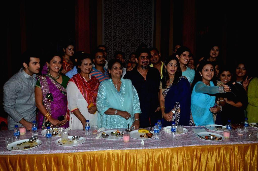 Iftar Party celebration on the sets of Yeh Rishta Kya