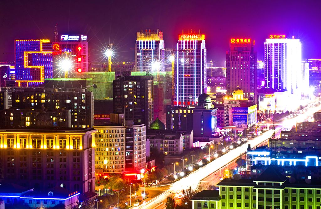 Photo taken on Oct. 30, 2012 shows the night scenery of Jinfeng District in Yinchuan, northwest China's Ningxia Hui Autonomous Region. The local government has ...