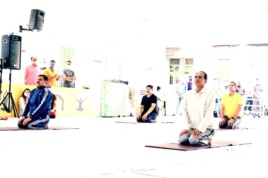 yog in bhopala