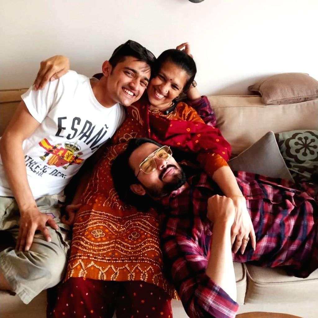 YouTuber Bhuvan Bam loses parents to Covid .(photo:instagram)