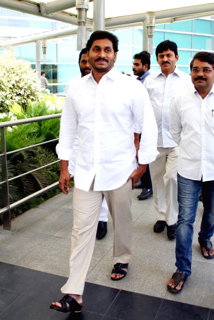 YS Jaganmohan Reddy at Delhi Airport