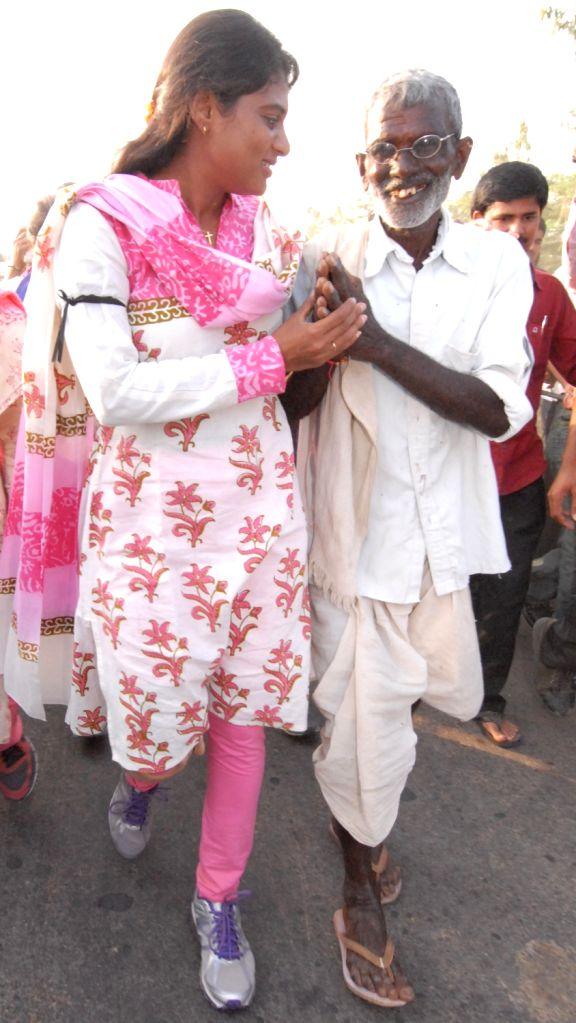 Y S Sharmila at a padayatra