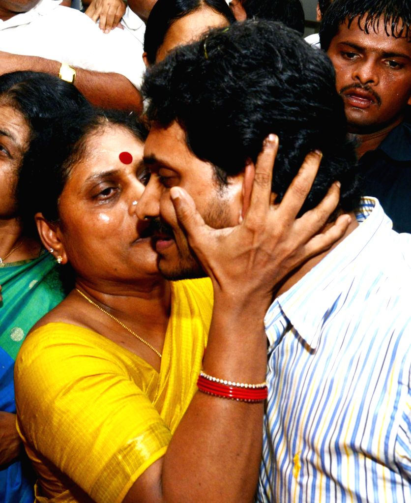 Y S  Jagan Mohan Reddy with family after 16 months