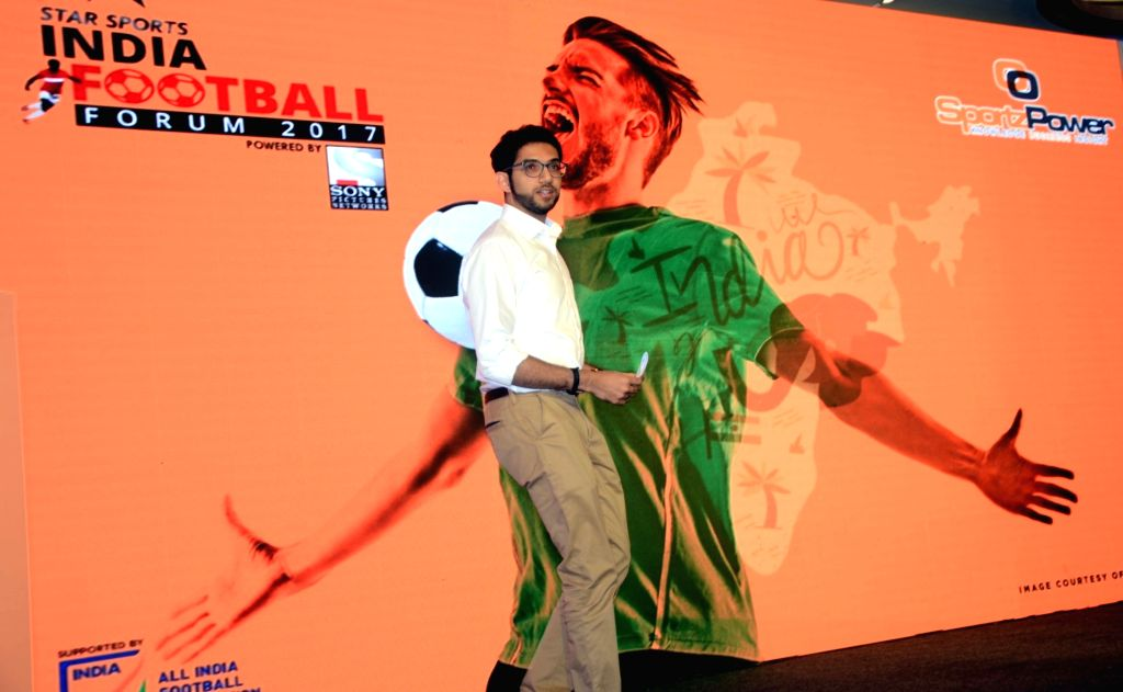 Javier Ceppi, Aaditya Thackeray during Indian Football Forum programme
