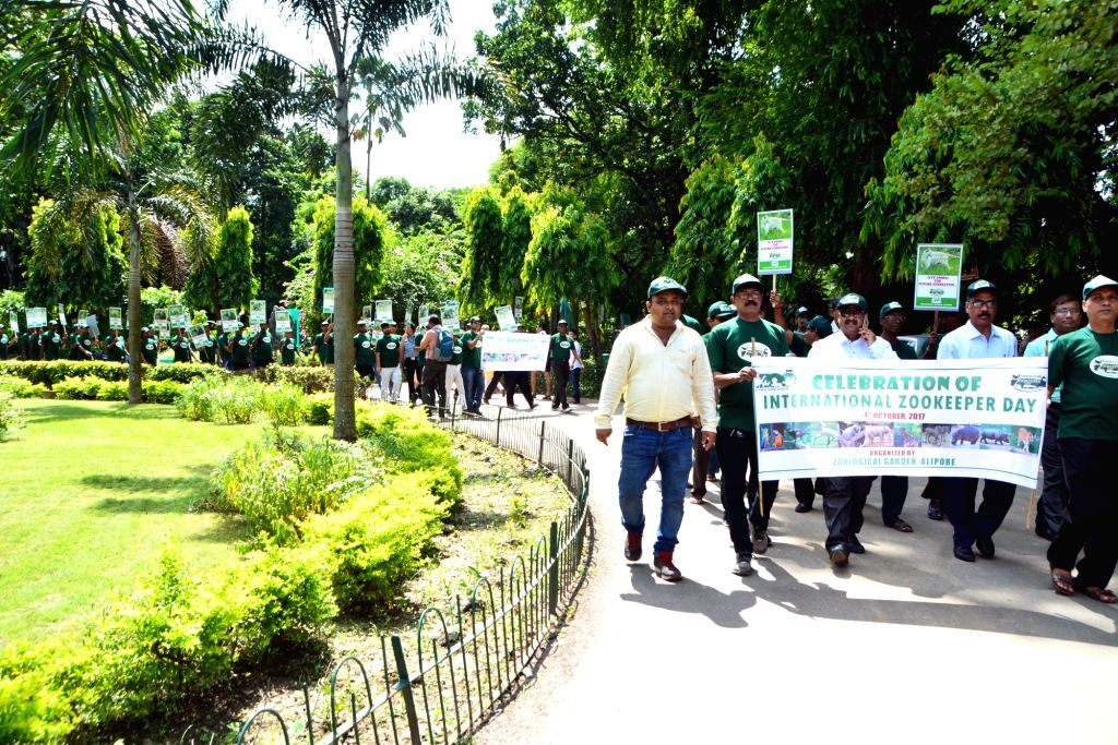 Zookeepers participate in a rally organised  on Zookeeper Day at Alipore Zoological Gardens in Kolkata on Oct 4, 2017.