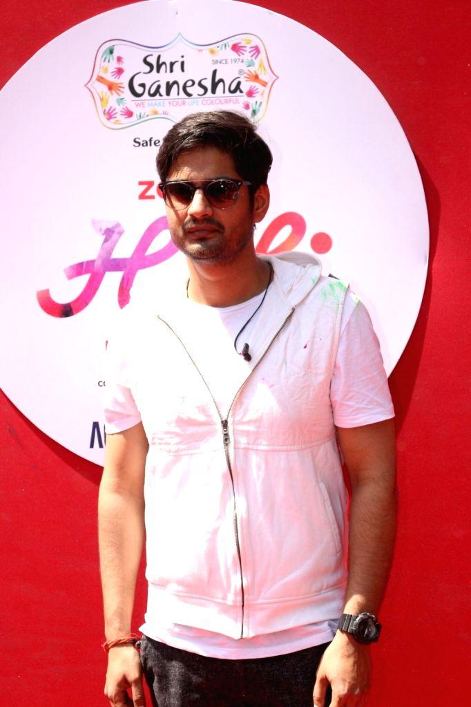 Zoom Holi 2017 celebration with many bollywood and Tv celebs in Mumbai on March 13, 2017.