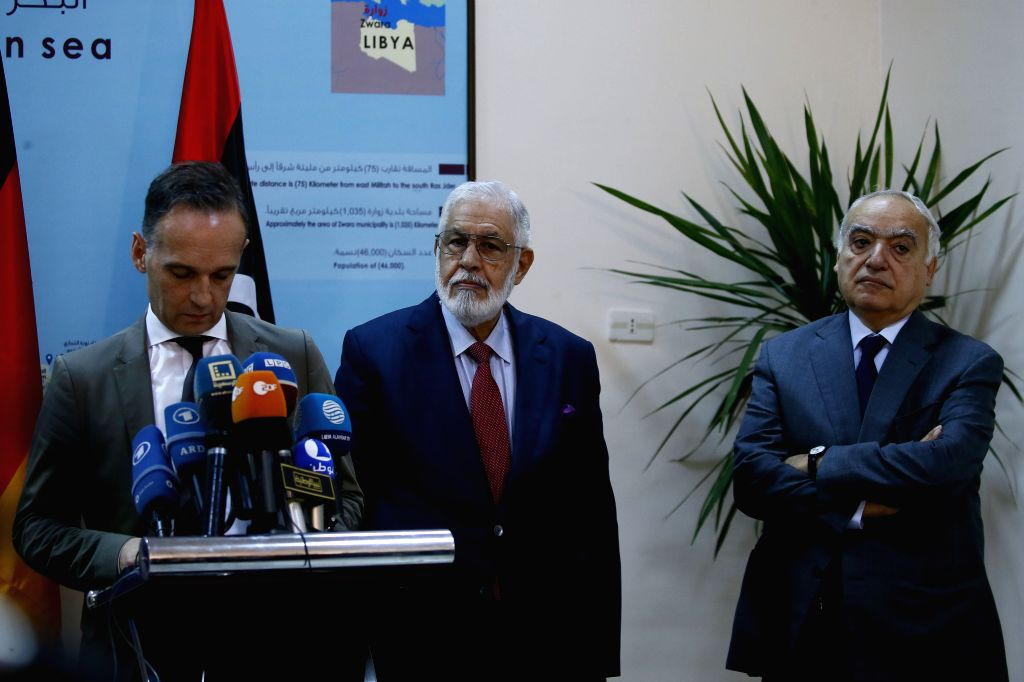 ZUWARA (LIBYA), Oct. 27, 2019 German Foreign Minister Heiko Maas (L) speaks at a press conference in Zuwara, Libya, Oct. 27, 2019. German Foreign Minister Heiko Maas on Sunday stressed ... - Heiko Maas