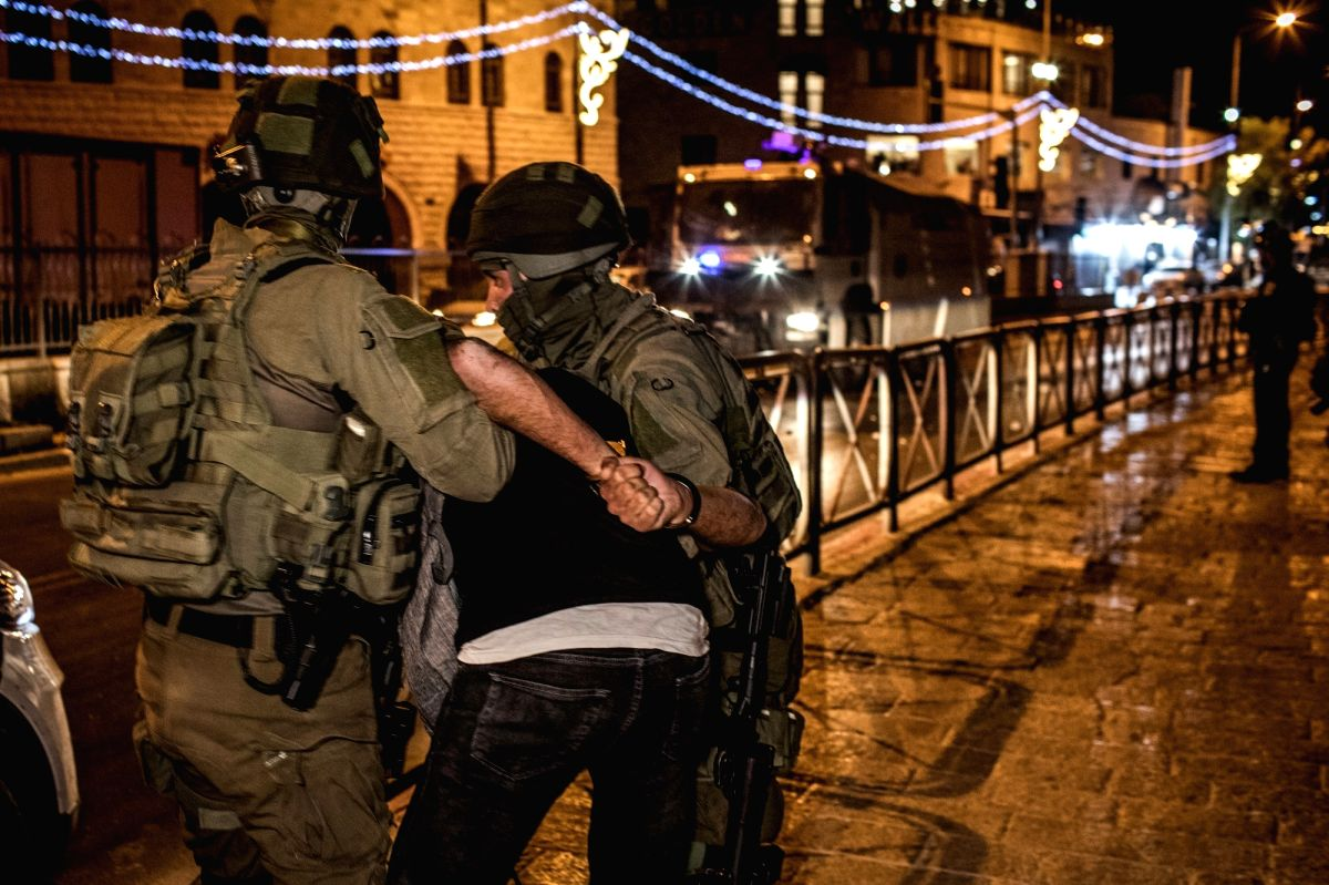 07 May 2021, Israel, Jerusalem: Israeli security forces arrest a man during a demonstration against the planned eviction process for the Palestinians in the Sheikh Jarrah neighbourhood. Photo: Ilia Yefimovich/dpa/IANS