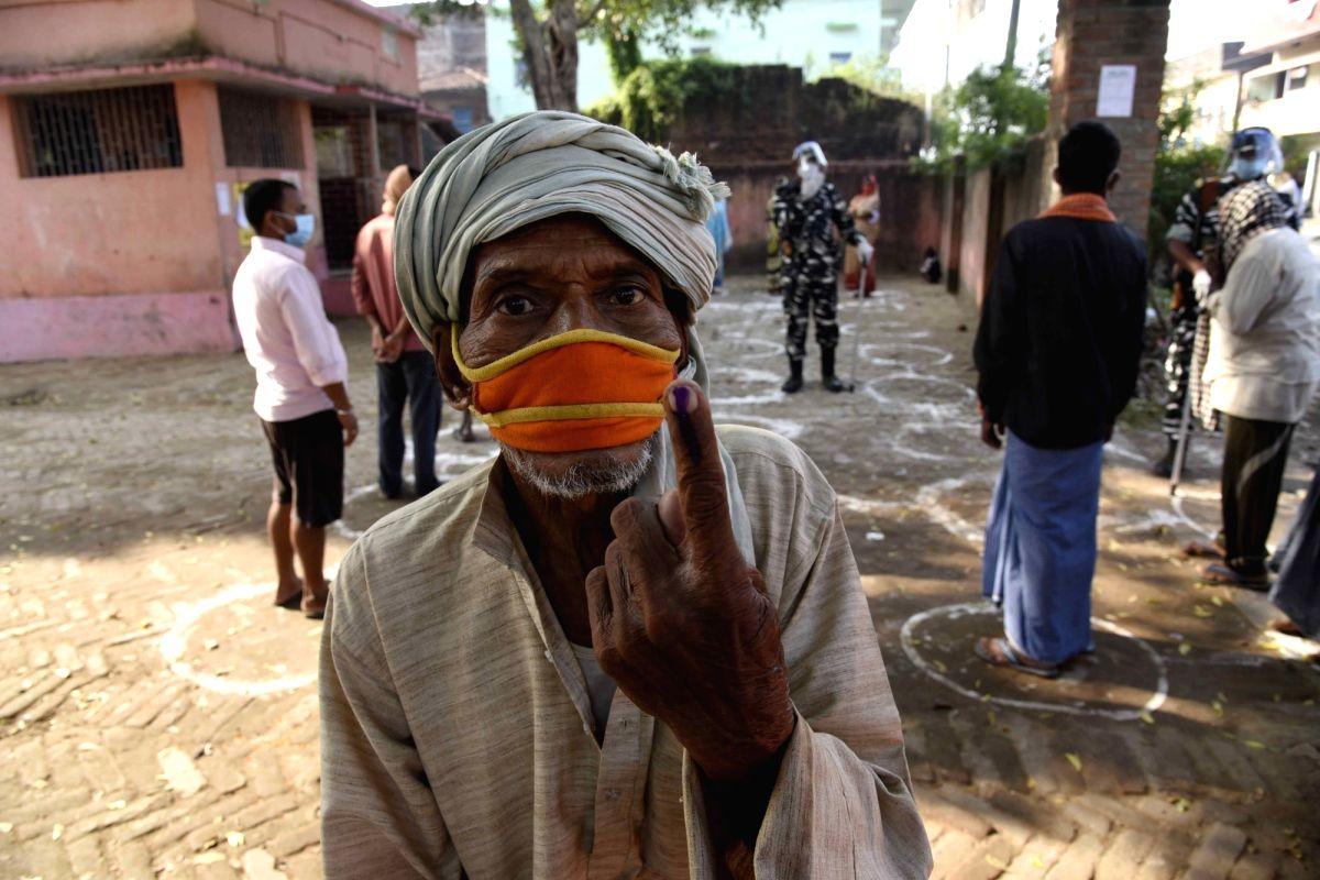 1 lakh VVPATS, ballot and control units set up for Phase-I polls