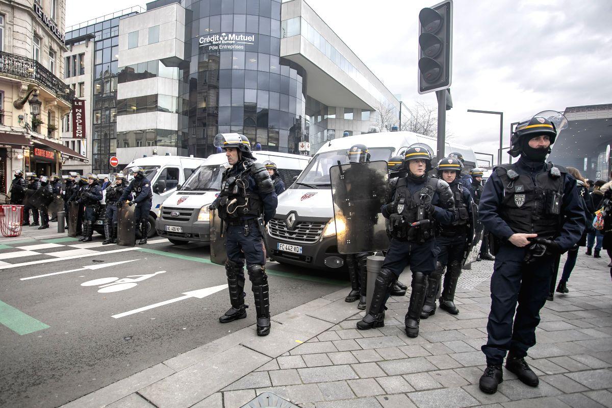 18 arrested in France as protests turn violent