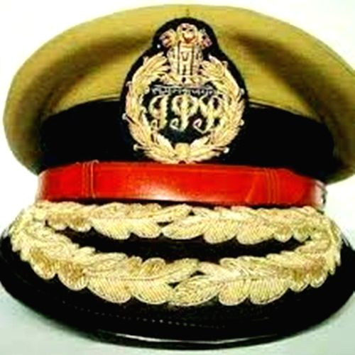 19 IPS officers shifted in UP.