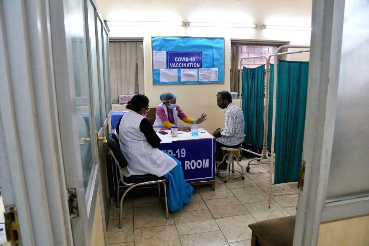 2nd round of COVID-19 vaccination at sanjeevan hospital darya gunj in new Delhi.