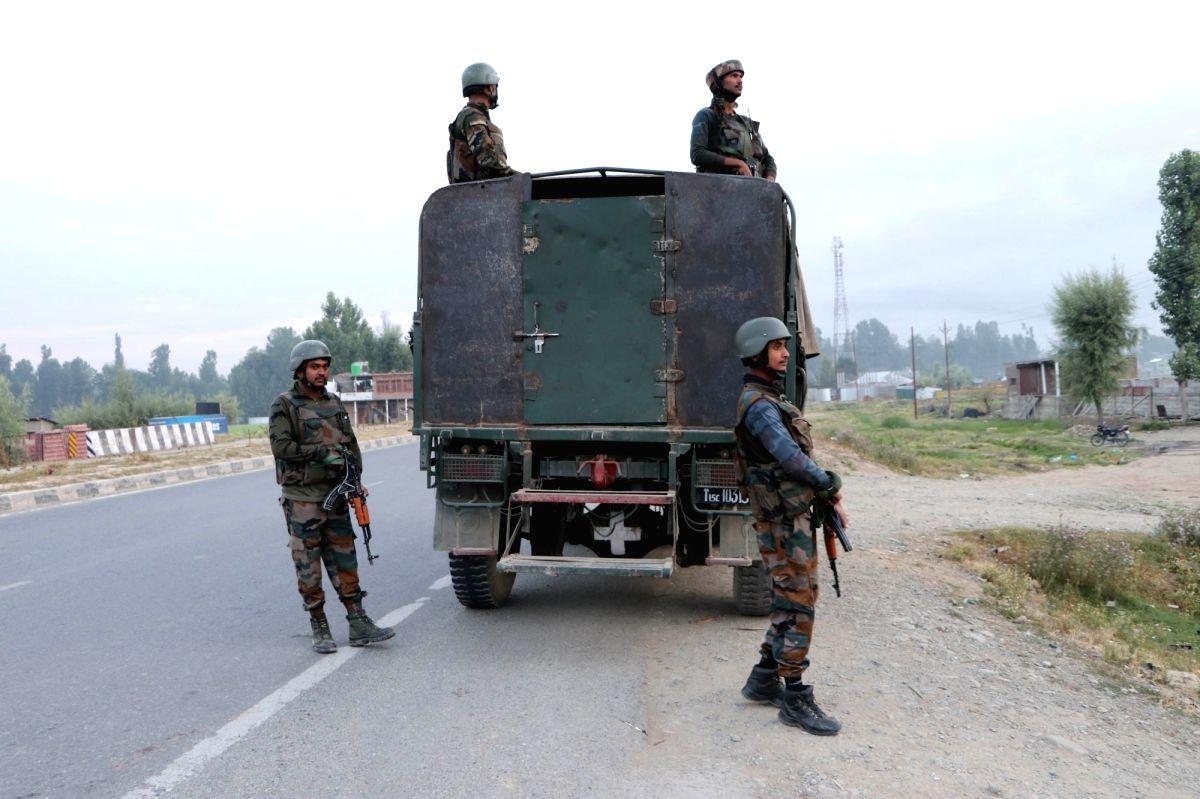 Top Pak militant killed is Jaish chief's kin & a Pulawama conspirator