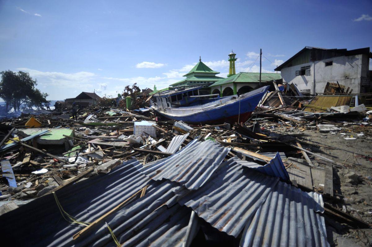 5.8-magnitude quake strikes Indonesia