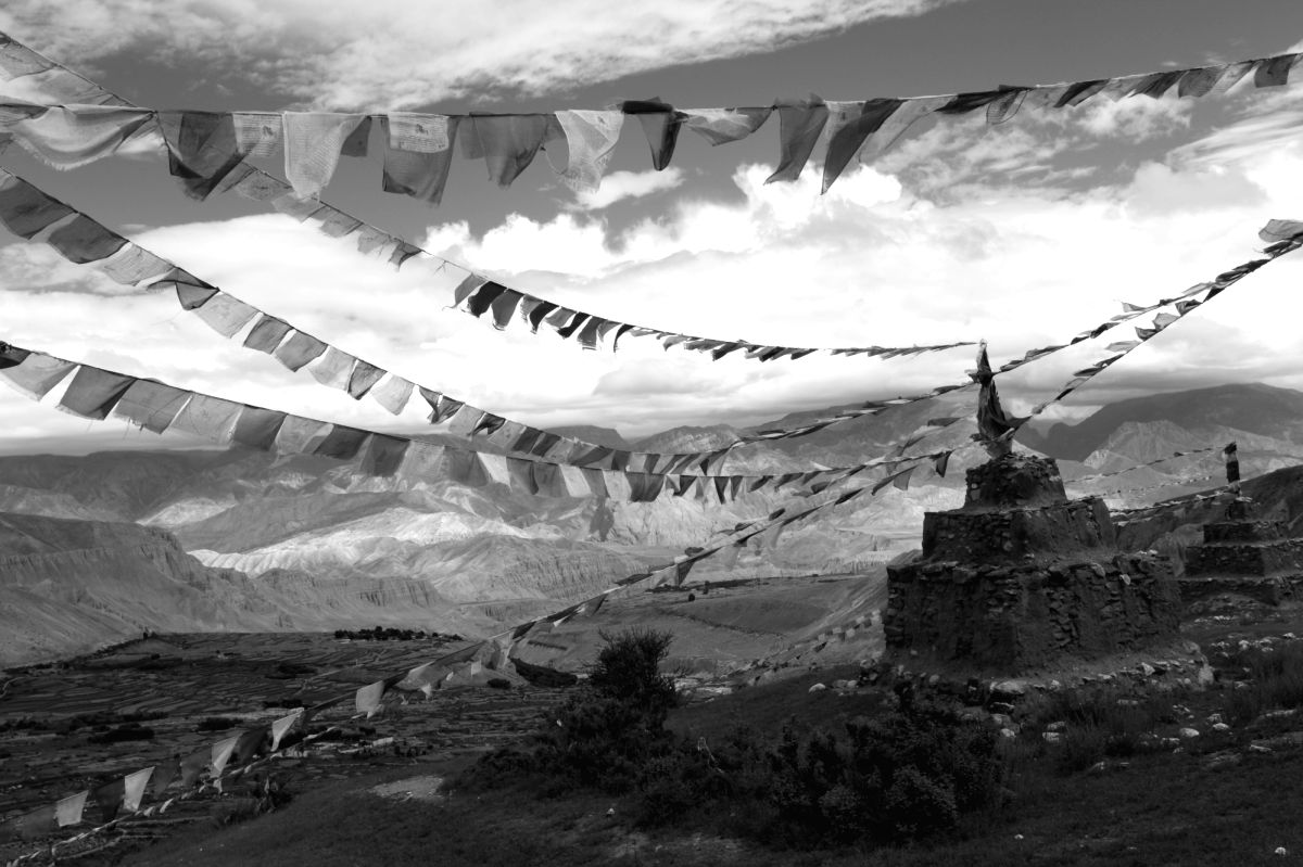 8th century chortens at Lo Gekar, Upper Mustang, Nepal. (Photo Source: Deb Mukharji/IIC)