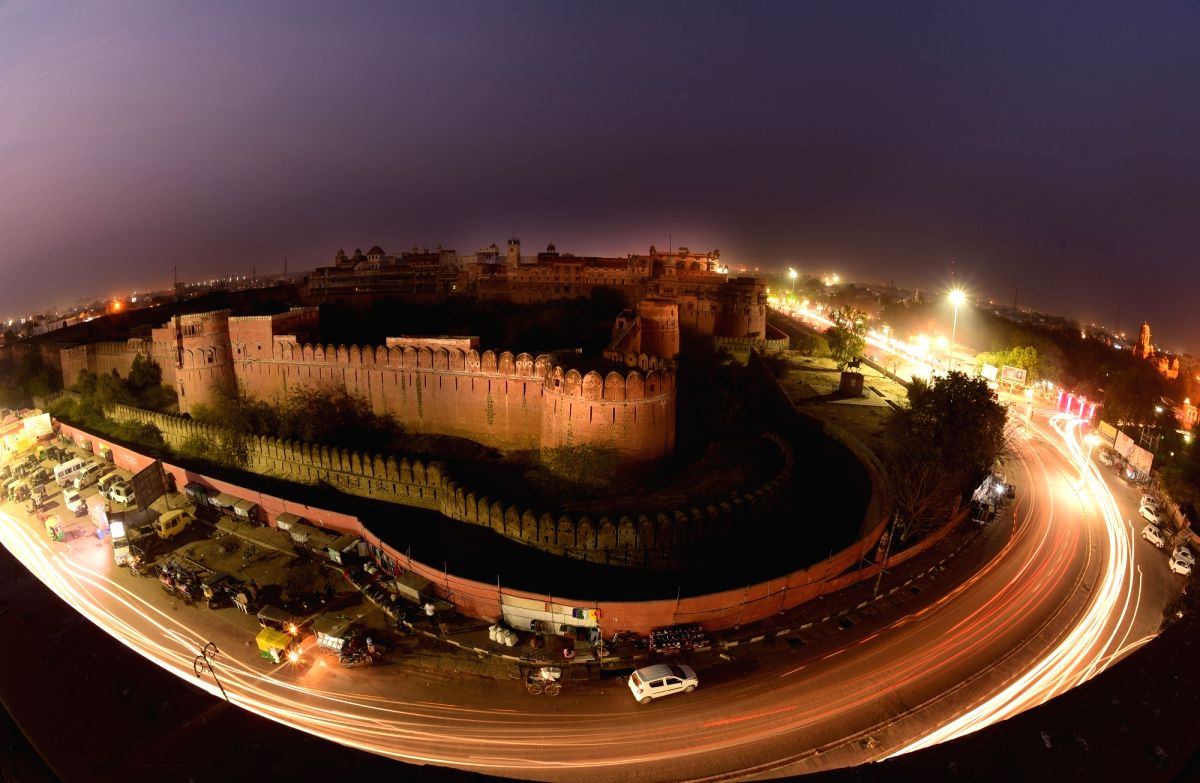 Trail light photo of Junagarh Fort at night