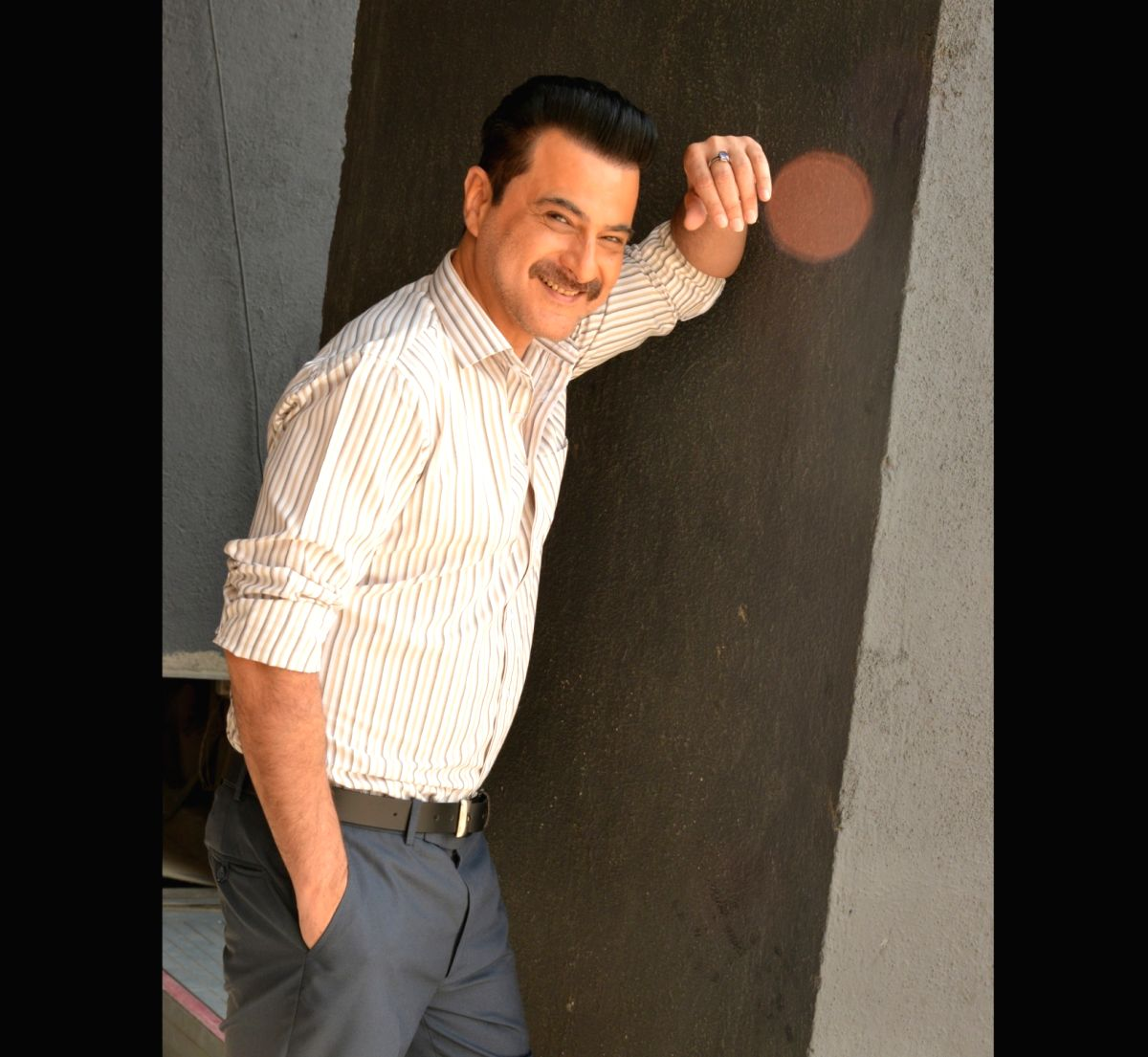 Aamir Khan, Deepika Padukone, Hrithik Roshan, Varun Dhawan, John Abraham, Vidya Balan and Anil Kapoor were some of the Bollywood actors who were photographed exercising their right to vote on October 21. But actor Sanjay Kapoor was left disappointed