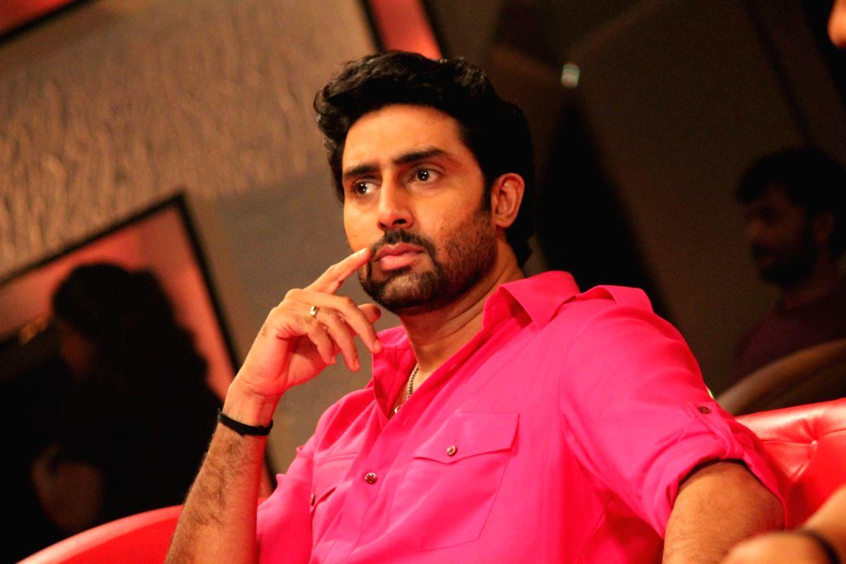 Abhishek Bachchan at Bol Bachchan Promotion on Zee Lil Champs