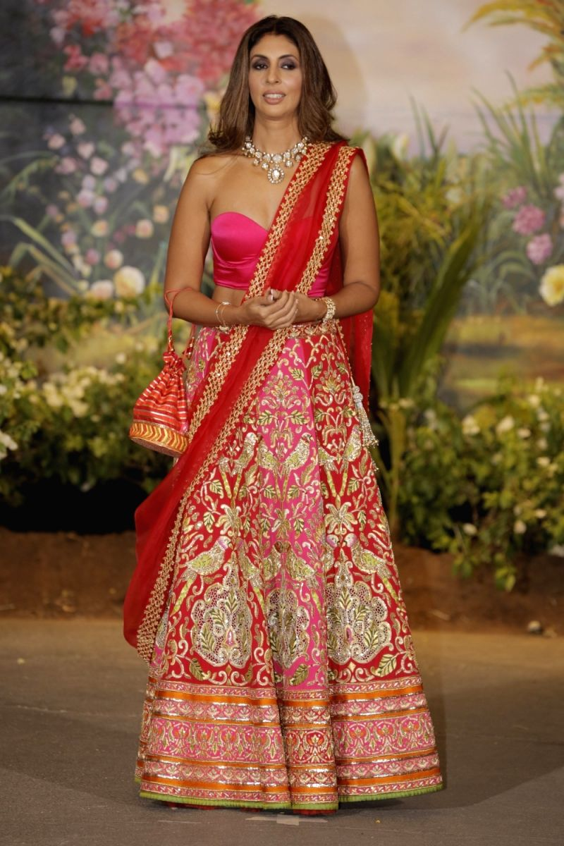 Shweta: Dressed in Indian attires