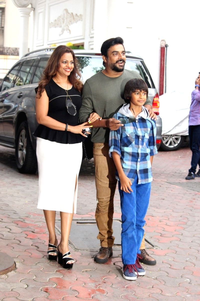 Romantic chocolate boy R Madhavan, wife Sarita Birje and son Vedant Madhavan