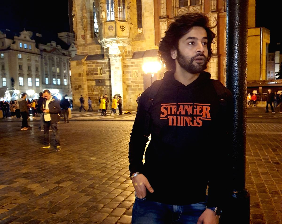 Actor Shashank Vyas recently had a good time in Europe. He feels there is nothing more enlightening than travelling.