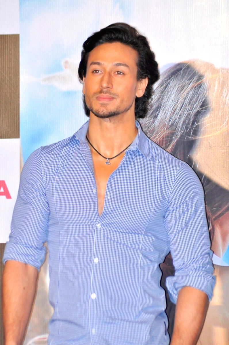Tiger Shroff's initial days were not rosy. He had to live up to a lot of expectations and comparisons. After his movie, The Flying Jatt  crashed, he went into depression.