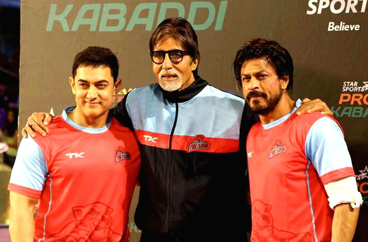 Actors Aamir Khan, Amitabh Bachchan and Shahrukh Khan during Pro Kabaddi League (PKL) in Mumbai on July 26, 2014.