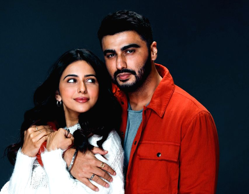 "Actors Arjun Kapoor and Rakul Preet Singh will team up for the first time for an untitled family dramedy. Kaashvie Nair, who had earlier assisted filmmaker Nikkhil Advani on his sports-drama ""Patiala House"" and the 2013 action thriller ""D-Day"", and also co-directed the TV series ""POW: Bandi Yuddh Ke"", will be making her feature film debut as a director with this upcoming film."