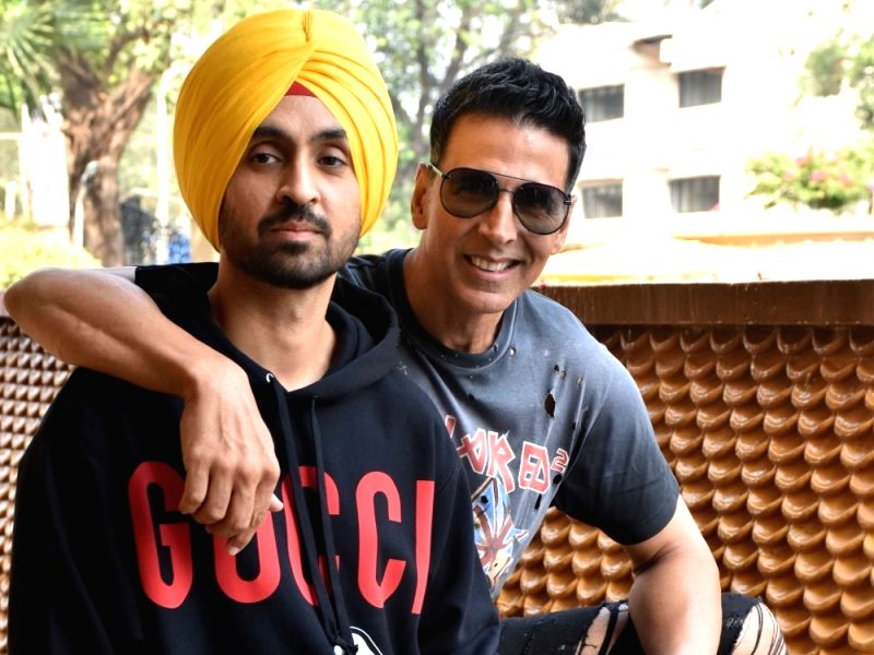 """Actors Diljit Dosanjh and Akshay Kumar during the promotions of their upcoming film """"Good Newwz"""""""