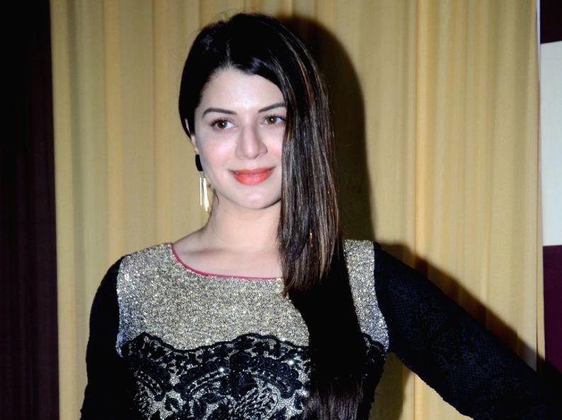 Actress Kainaat Arora